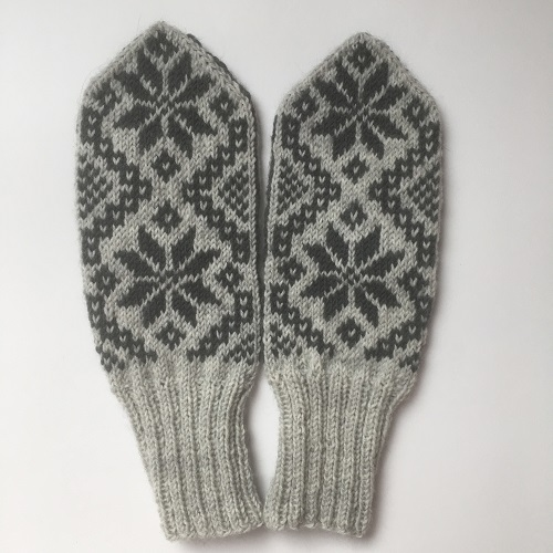 Mittens size M - Image 1