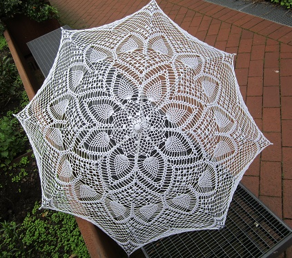 Umbrella with knitted pattern - Image 1